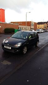 """Ford Fiesta 125 Zetec Panther black 2008 """"Blue special edition"""". Good condition. £2350 OVNO."""