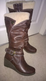 Ladies Wedge Knee high fully lined boot