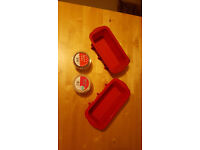 Silicon Cake moulds and cake cases only £1