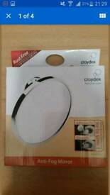 New Croydex Twist N Lock Anti Fog Mirror