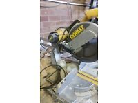 DeWalt DW708 Mitre Saw Type 2