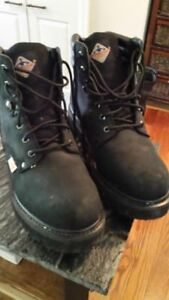 Men's work boots. Size 12