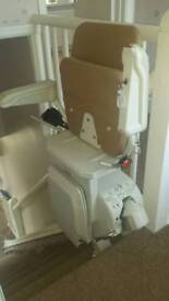 Stannah stairlift £ 500 fitted stair lift