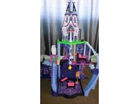 Monster high doll Catacombs House
