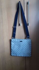 Gucci Travel / Messenger bag