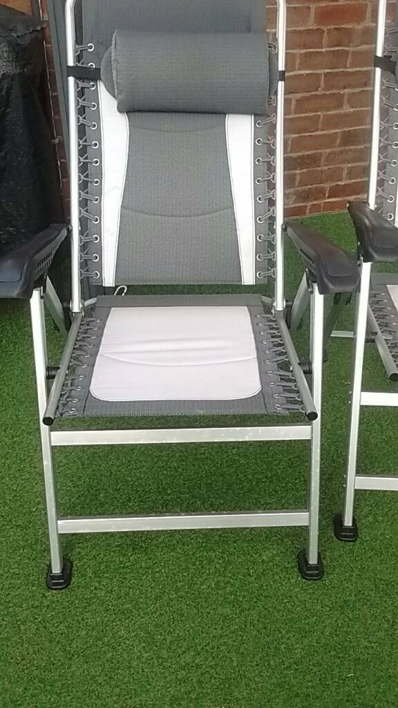 Patio garden recliner chairs