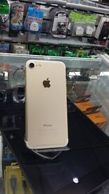 iPHONE 7/ 32 GB/ 'GOLD'– New -UNLOCKED with warranty.