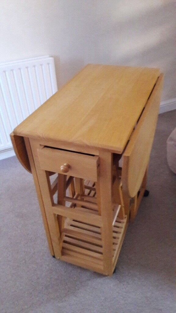 Dining table solid pine Can deliver