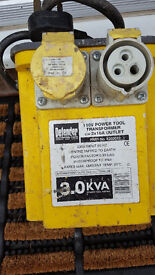 3.0 kva Transformer with 2x16 amp sockets, one cover missing