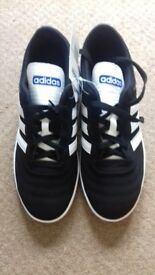 Adidas VL Neo Trainers Black and white Size 7.5 New with tags