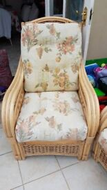 Conservatory sofa & 2 chairs
