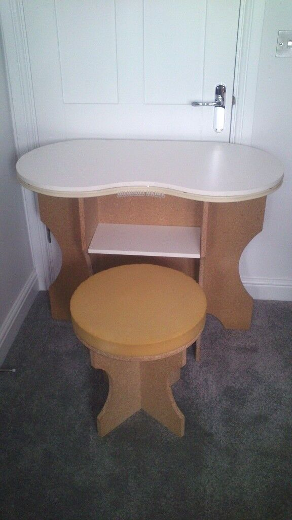 Dressing Table (Kidney shaped)