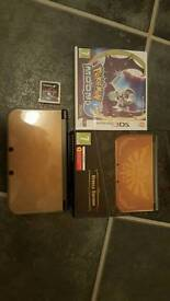 Nintendo 3DS XL Hyrule with games