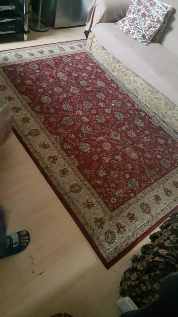 used rug in good and clean condition.