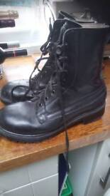 BLACK LEATHER ARMY TYPE BOOT 9