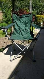 Pop up camping chair