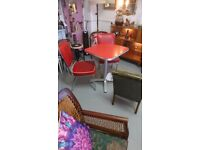 American diner style table and chairs