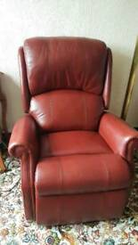 HSL Berwick leather motorised upriser/recliner chair