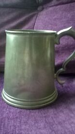 large(2pint) vintage pewter tankard