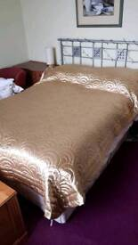 """Excellent 4'6"""" Double divan bed 4 drawers with mattress"""