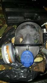 Army gas mask