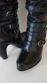 Nearly new leather boots 6