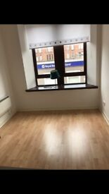 2 bedroom furnished flat to rent Renfrew town centre