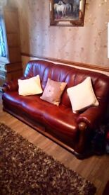 Leather 3 seater sofa and 2 chairs. Immaculate condition.