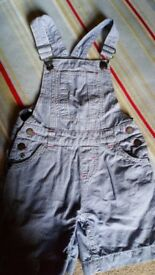 Fat Face Girls dungaree shorts. Age 6-7