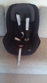 Maxi cosi Pearl Car Seat (9m -4years)