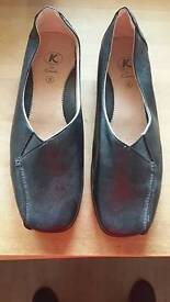 Clarks shoes. Size 6