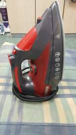 2700W Hoover steam iron