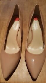 NINE WEST beige heels