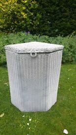 Lloyd Loom 1930's laundry basket