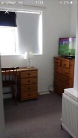 Avail 30th July single student room in central Hove £495pcm all bills inc