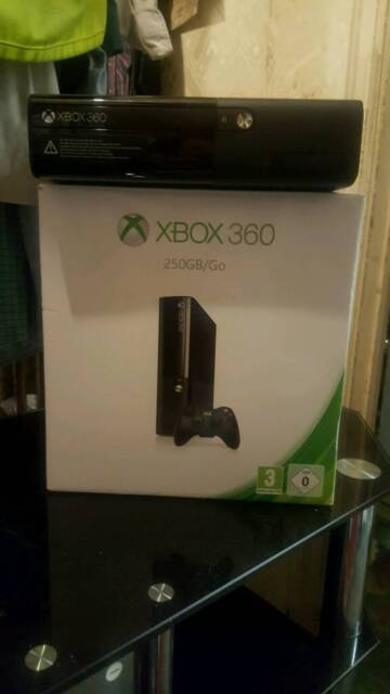 Microsoft Xbox360 E 250GB Console in the original box/with 1 controller and  games/ cash or swaps | in Dagenham, London | Gumtree