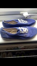 Blue Vans - size 6 - perfect condition - barely worn