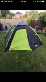 Brand new 4 man easy up dome tent