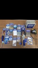 **REDUCED**JOB LOT OF FIXINGS AND ACCESSORIES - OVER 1,000 PICIES**
