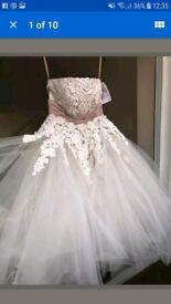 Beautiful wedding dress size 12 new