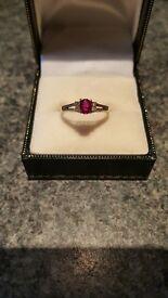 Gold ruby/diamond ring