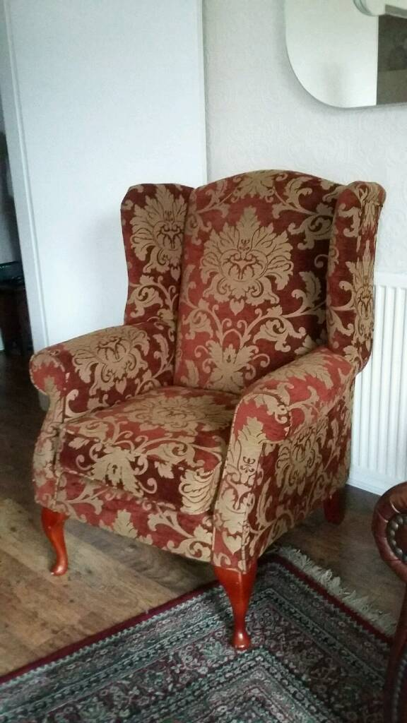 Wing back chair wingback