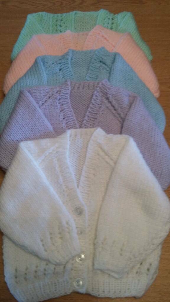 Handknitted/crocheted baby items