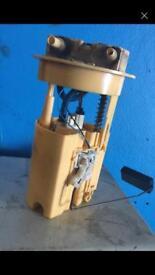 Fuel pump Citroen Picasso 05