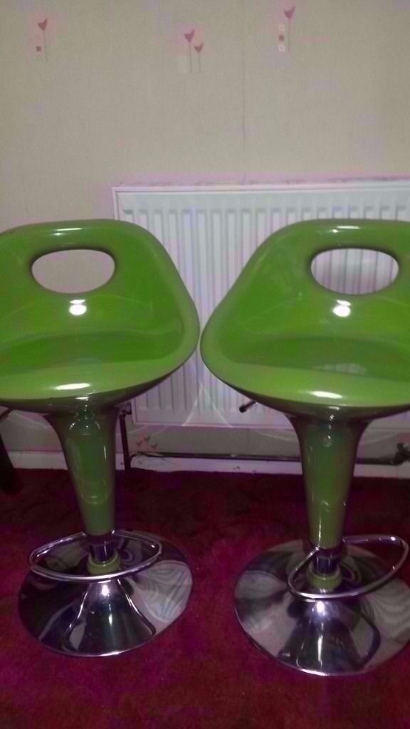 2 x green bar stools