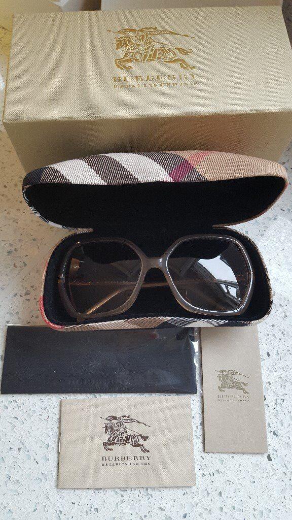 e858be9566ba Burberry Classic Sunglasses