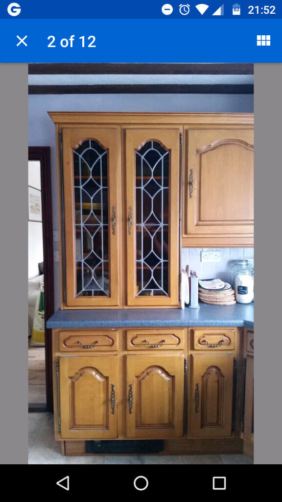 Varnished Kitchen Units and worktops - Used