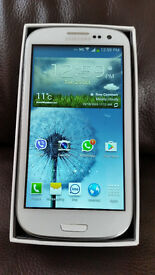 Samsung Galaxy S3, GT-19300 16GB, Marble White, Boxed with all accessoires, Unlocked