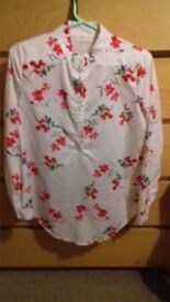 flower patter top size 10