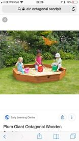 Elc octagonal sandpit Used but in excellent condition